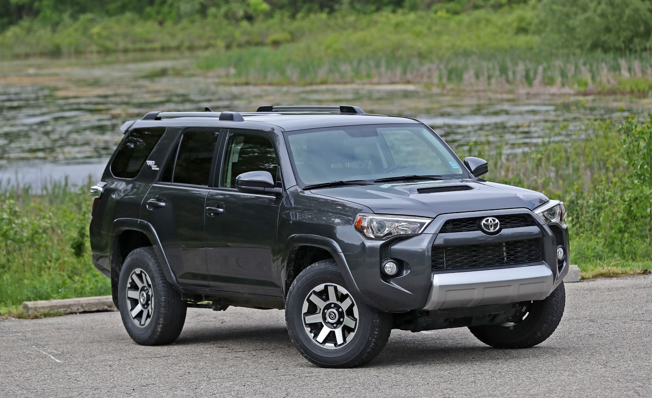 2018 toyota 4runner exterior review car and driver. Black Bedroom Furniture Sets. Home Design Ideas