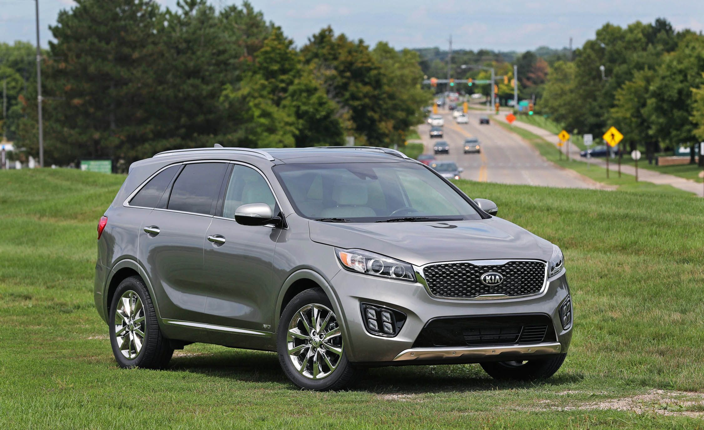 Kia Sorento Reviews Price Photos And Specs Car 2004 Engine Diagram Driver