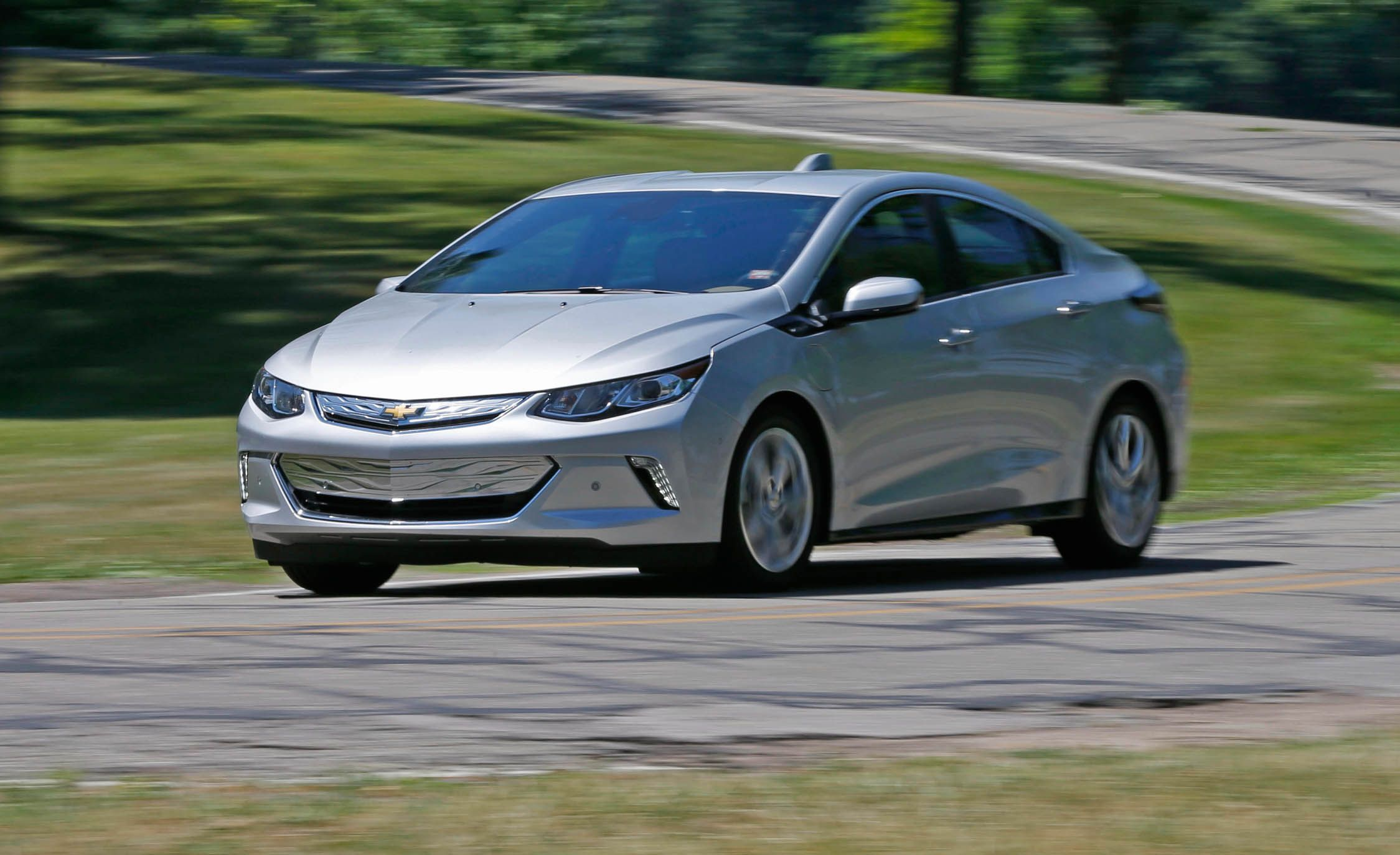 Chevrolet Volt Reviews