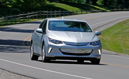 2018 honda clarity plug in hybrid first drive review car and driver. Black Bedroom Furniture Sets. Home Design Ideas