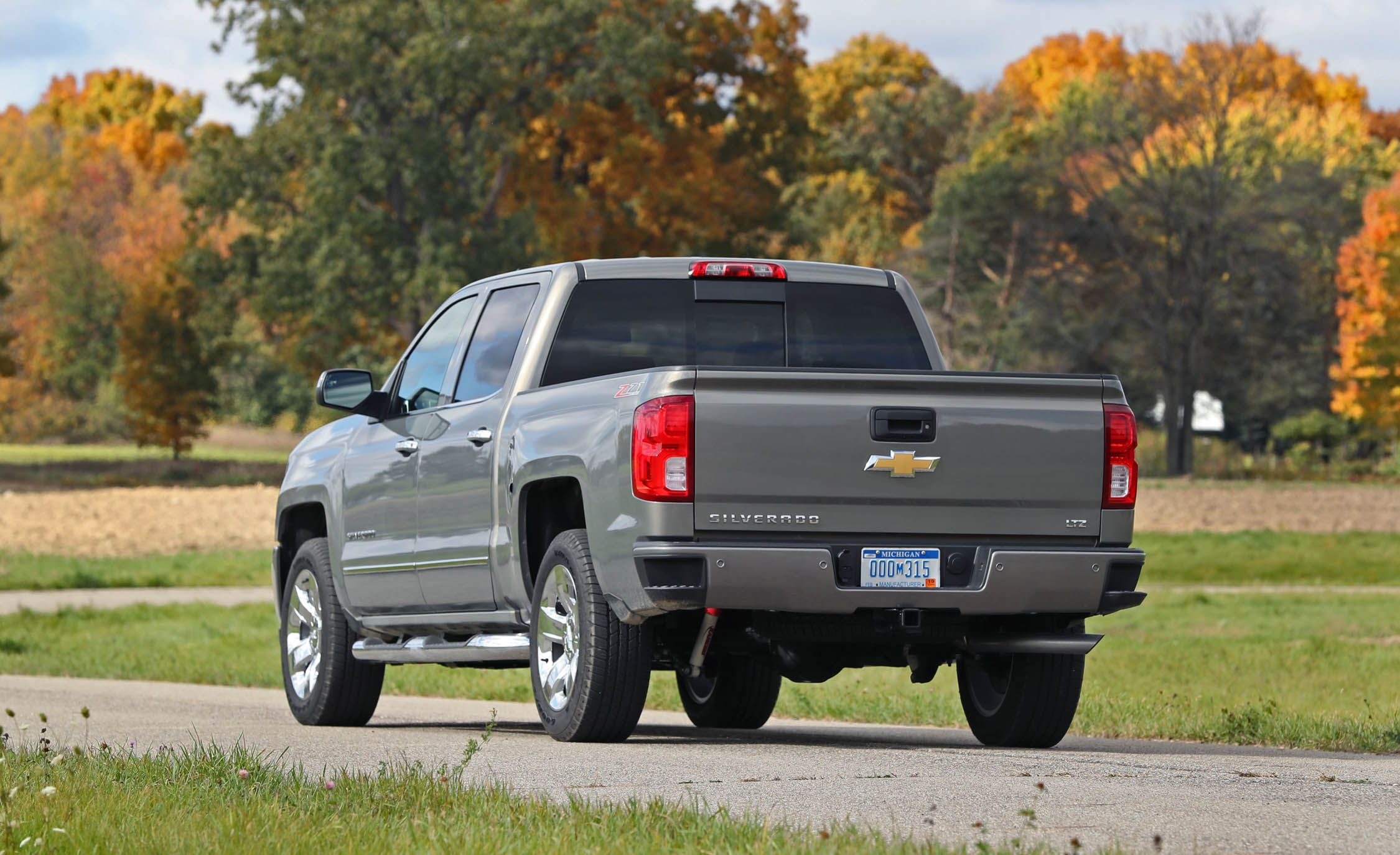 2019 Ram 1500 First Drive Review Car And Driver Punch Dual Voice Coil Wiring Diagram