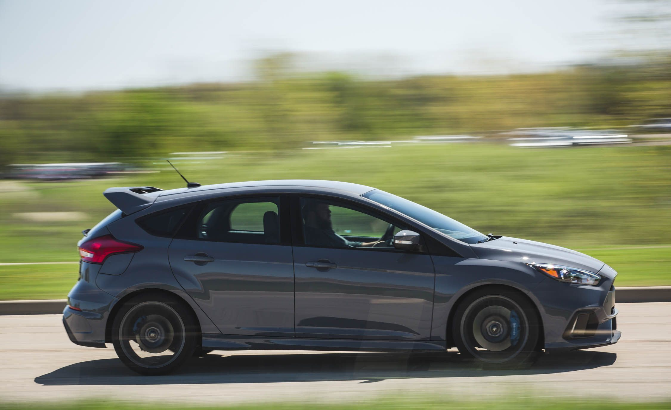 Fuel Economy & 2018 Ford Focus RS | In-Depth Model Review | Car and Driver markmcfarlin.com