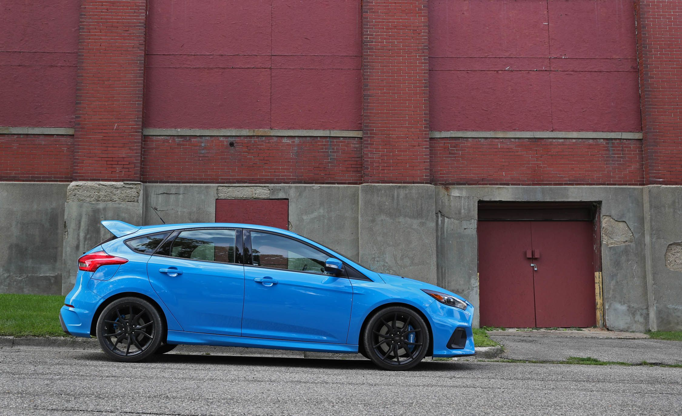 2018 ford focus rs interior review car and driver. Black Bedroom Furniture Sets. Home Design Ideas