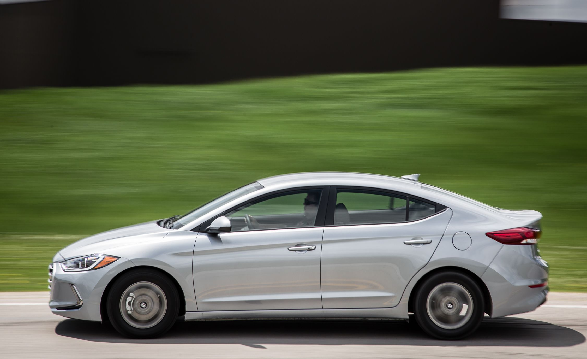 Hyundai Elantra 2012 Model >> 2018 Hyundai Elantra | Interior Review | Car and Driver