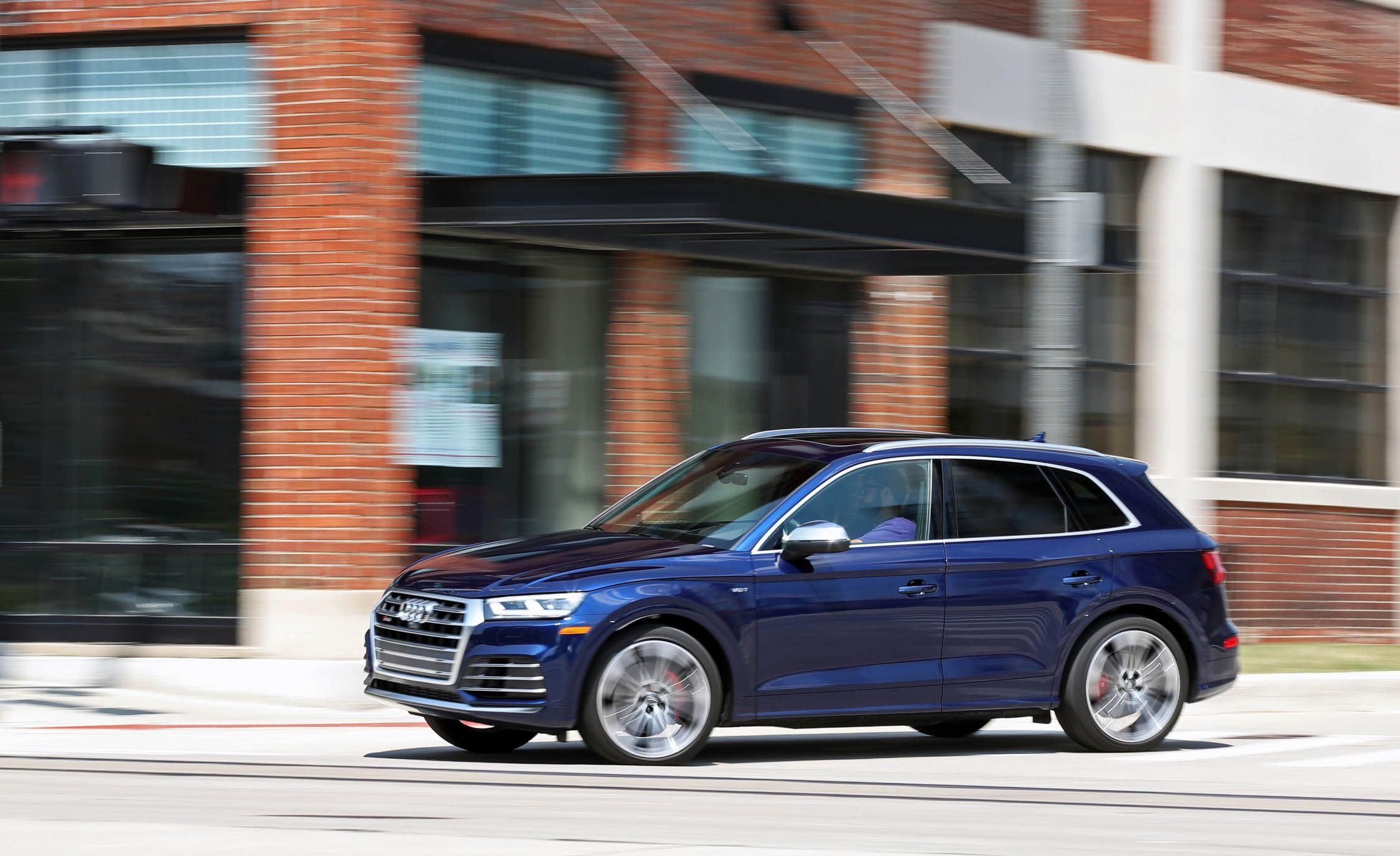 2018 Audi Sq5 Safety And Driver Assistance Review Car And Driver