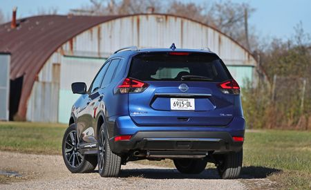 nissan rogue reviews nissan rogue price photos and specs car and driver. Black Bedroom Furniture Sets. Home Design Ideas