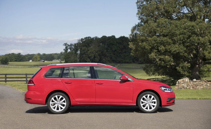 volkswagen golf sportwagen fuel economy review car  driver