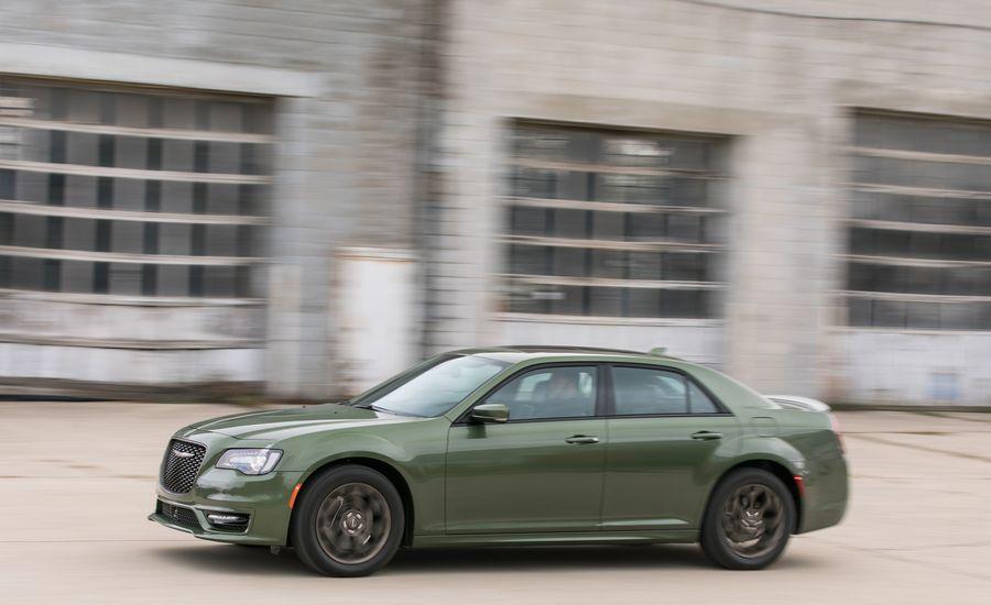 Chrysler InDepth Model Review Car And Driver - Chrysler incentives assistance center
