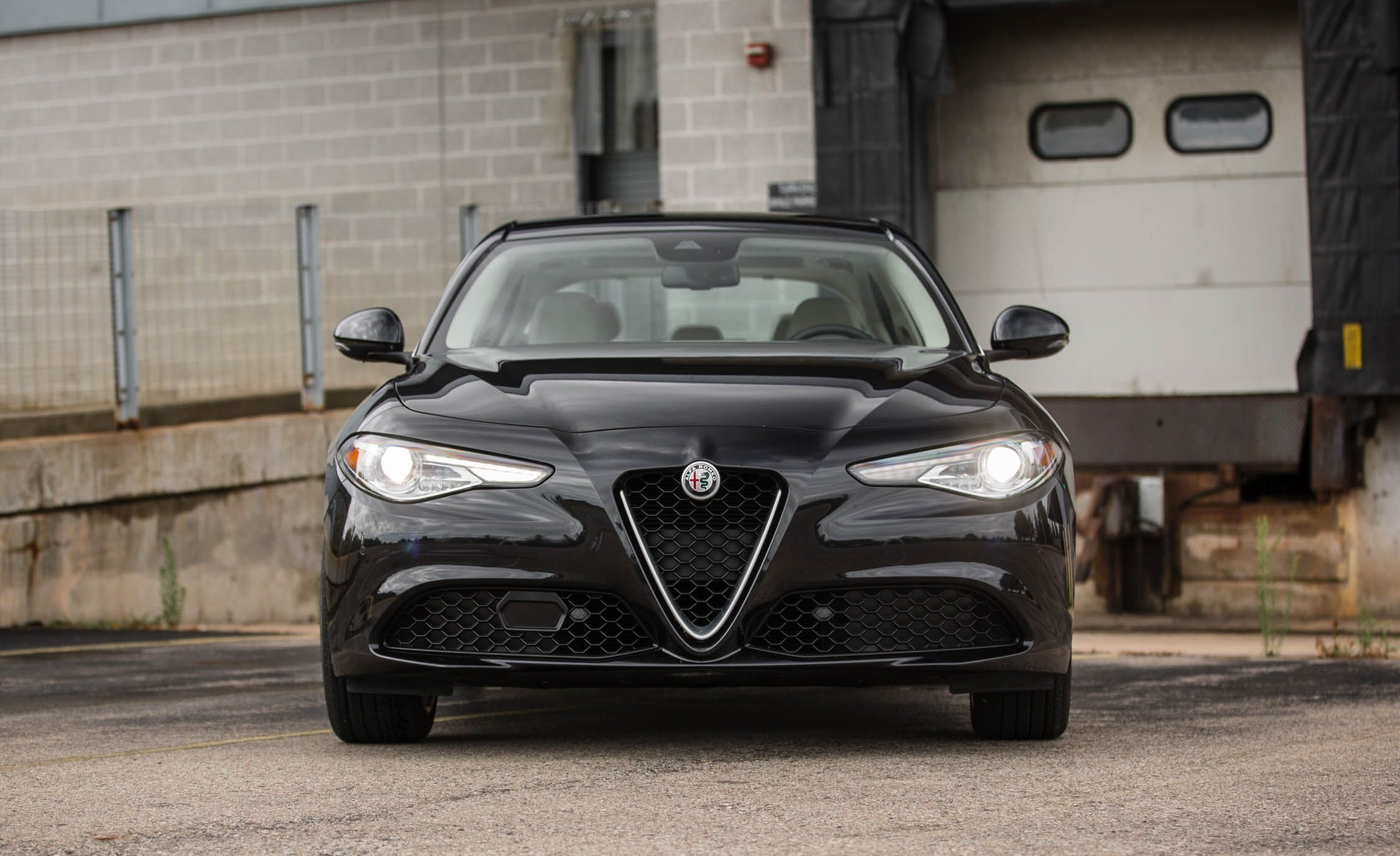 2018 alfa romeo giulia engine and transmission review car and driver. Black Bedroom Furniture Sets. Home Design Ideas