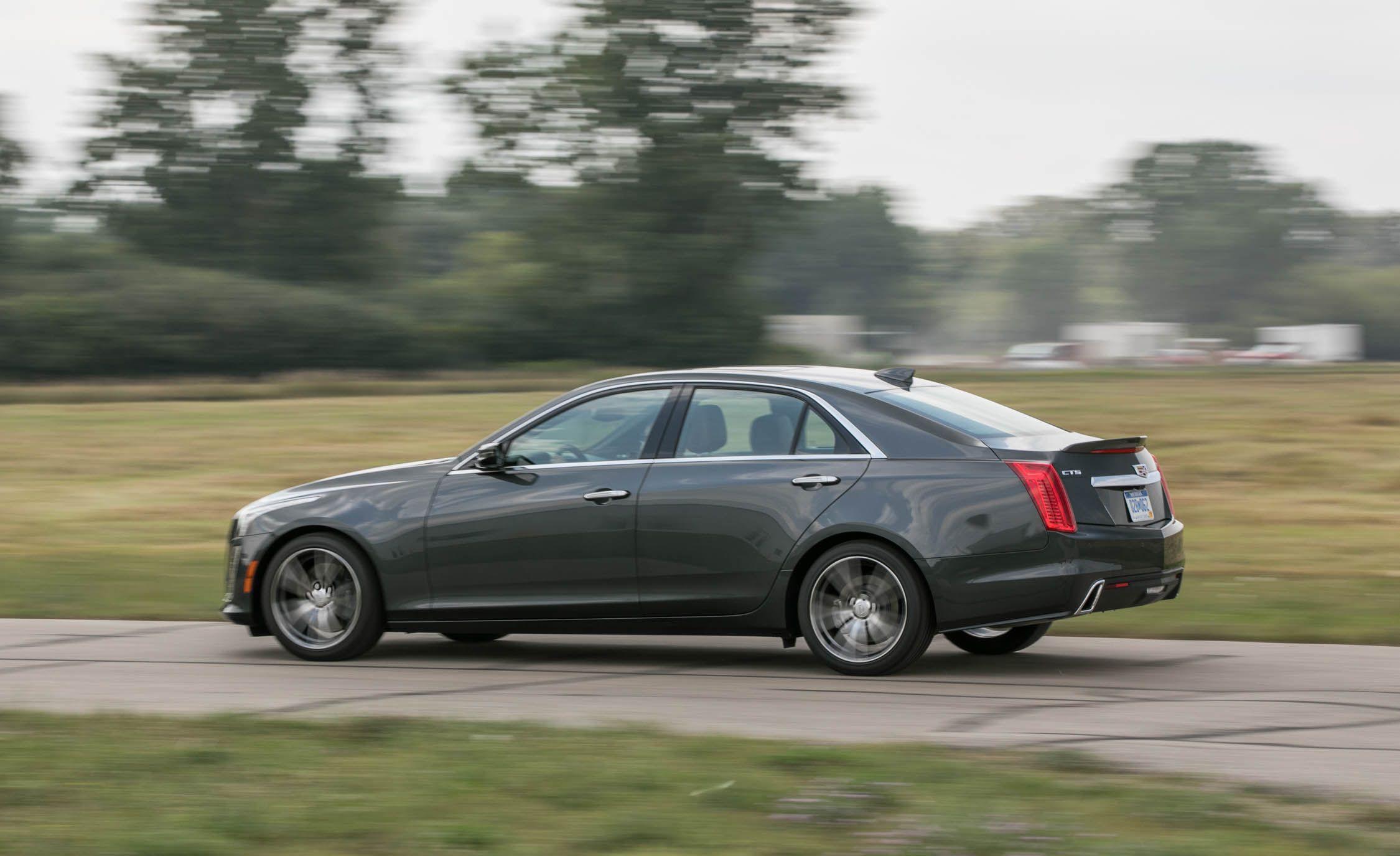 2018 Cadillac CTS Interior Review