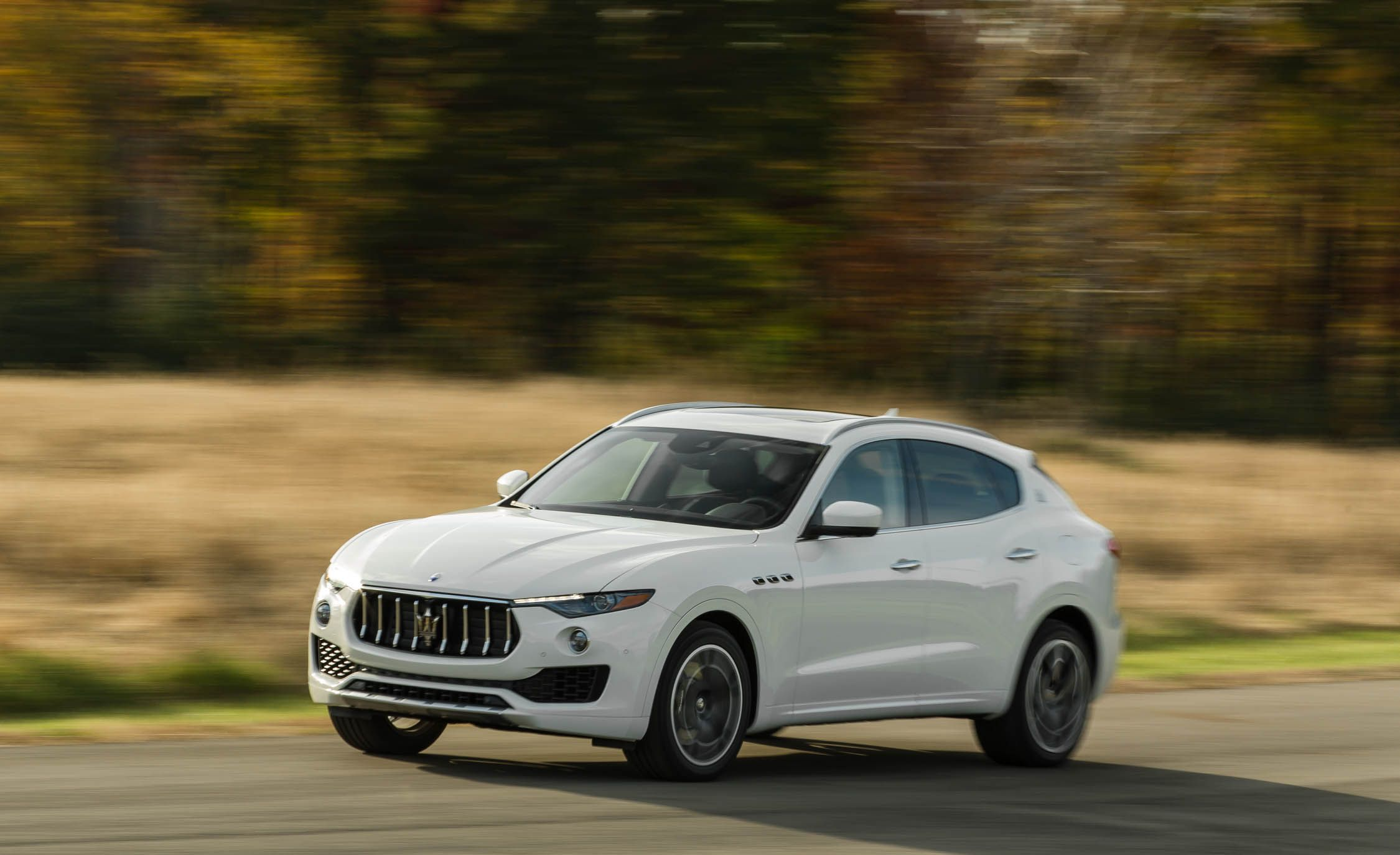 2016 Volvo XC90 T8 Plug In Hybrid Test Review