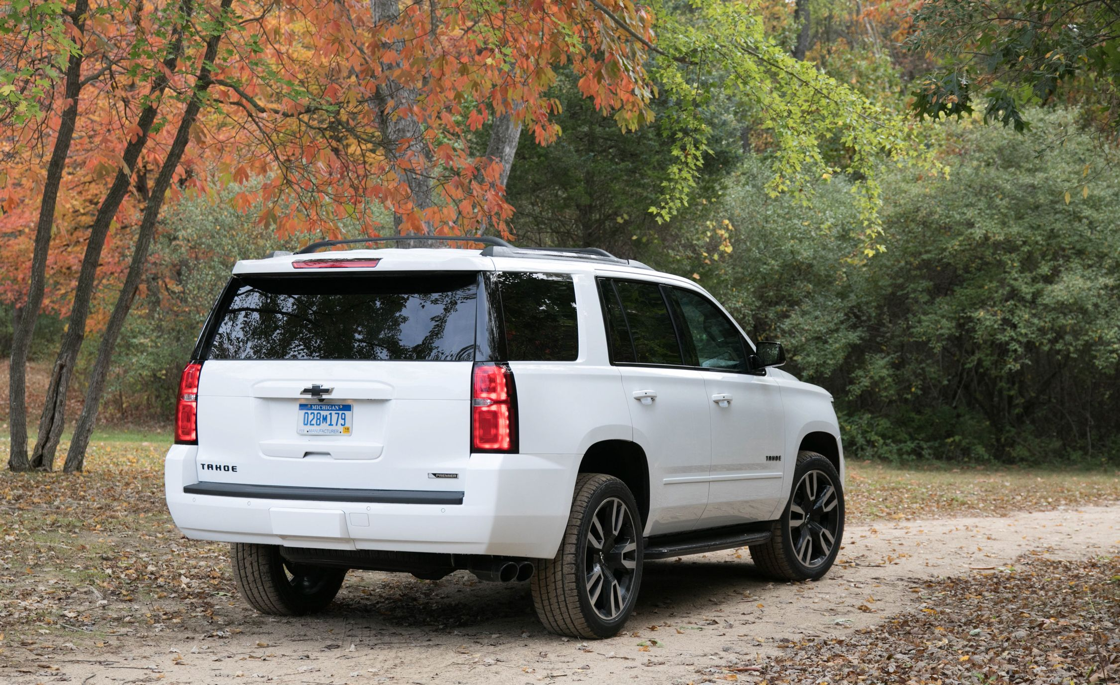 2018 chevrolet tahoe warranty review car and driver. Black Bedroom Furniture Sets. Home Design Ideas