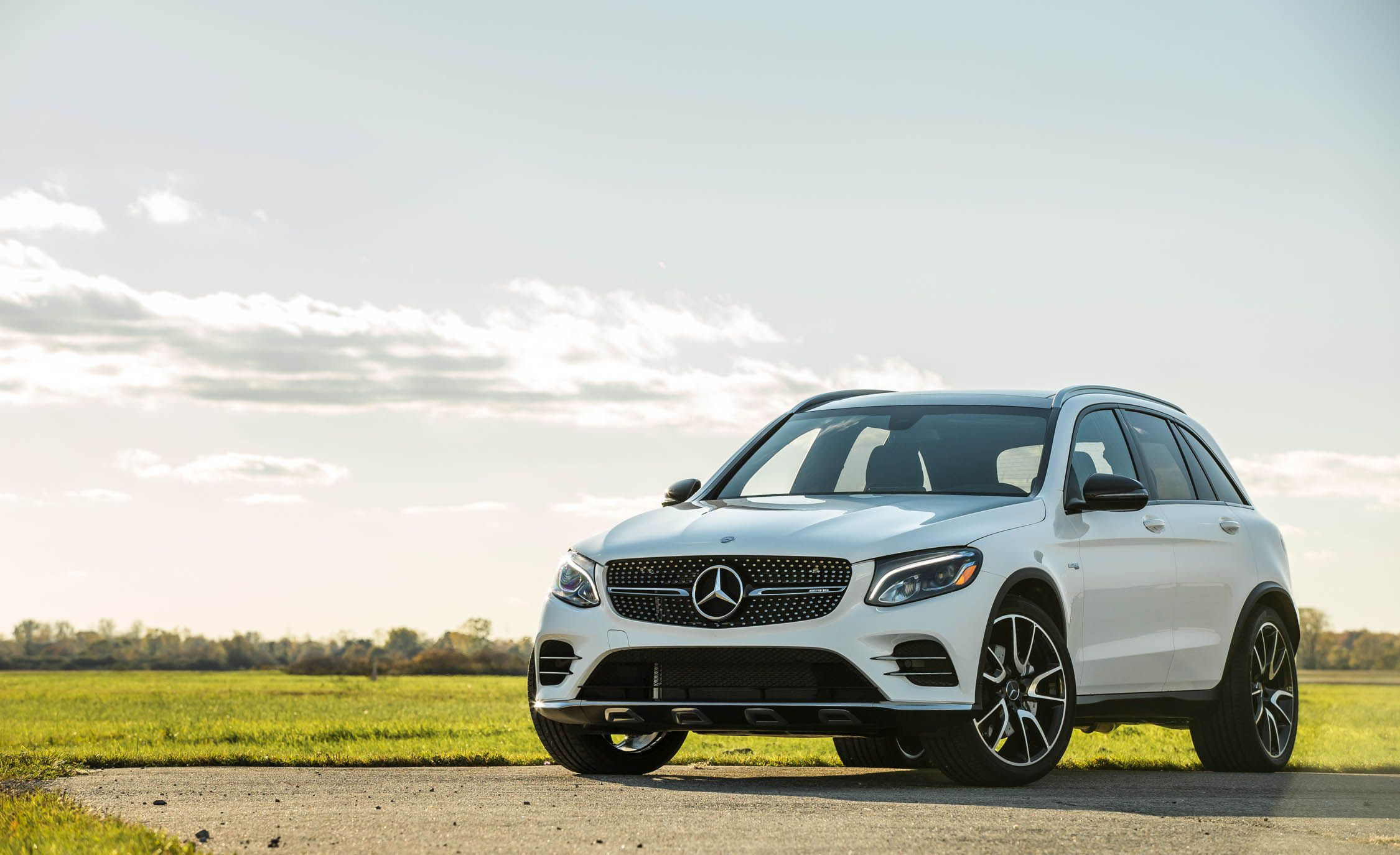 2017 Mercedes AMG GLC43 Engine and Transmission Review