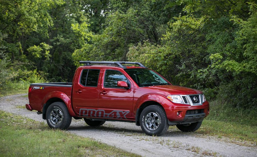 2018 nissan frontier exterior review car and driver. Black Bedroom Furniture Sets. Home Design Ideas