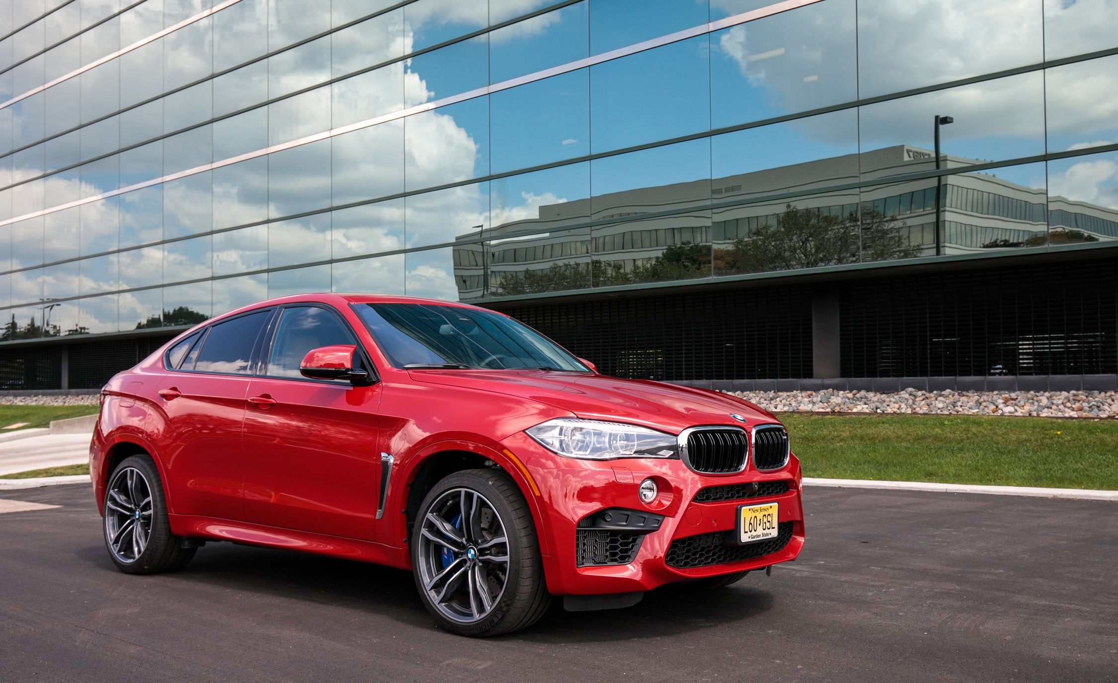 2017 Bmw X6 M Safety And Driver Assistance Review Car And Driver
