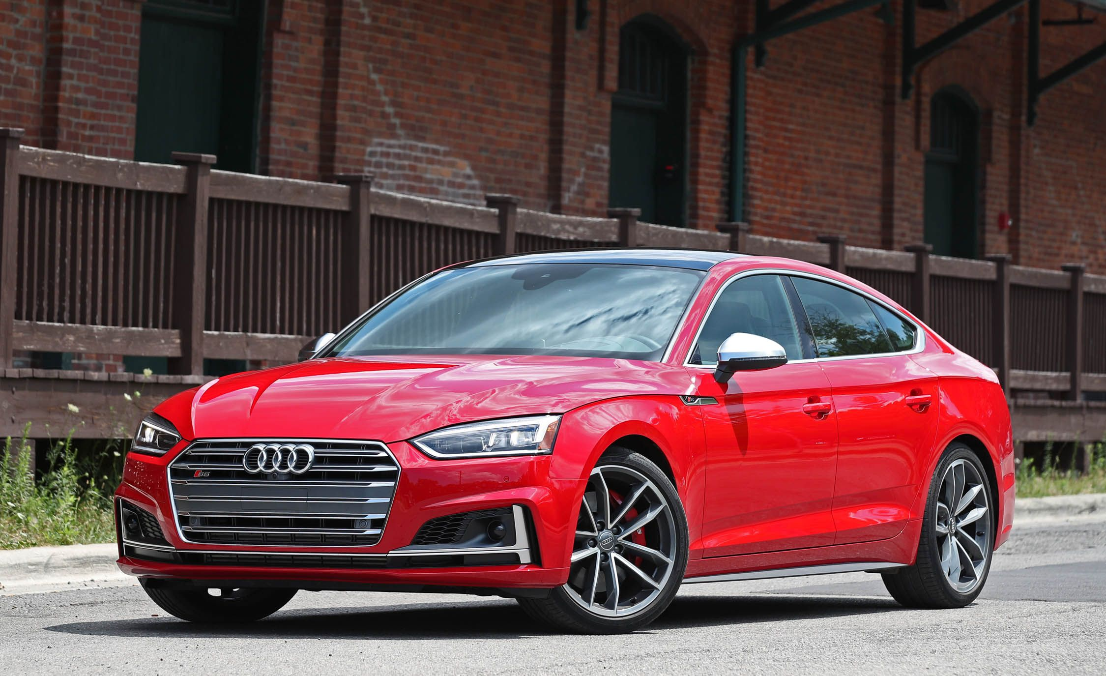 Audi S5 Sportback Reviews