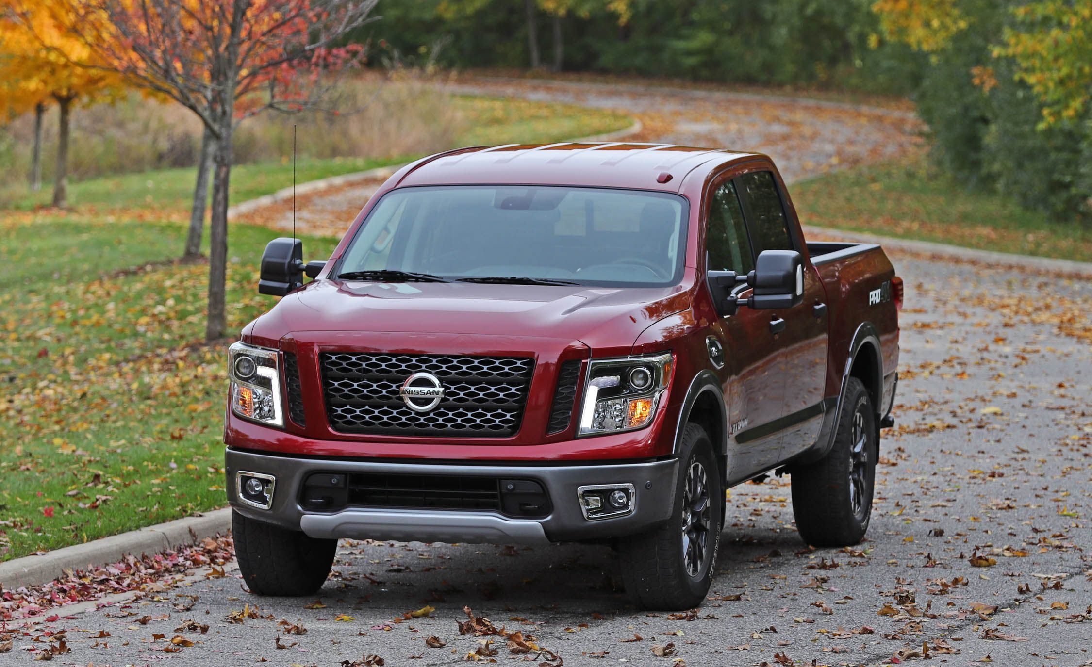 2018 nissan titan nissanconnect infotainment review car and driver. Black Bedroom Furniture Sets. Home Design Ideas