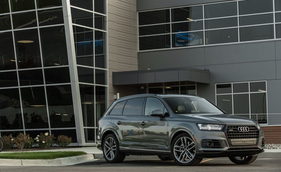 2018 Audi Q7 Exterior Review Car And Driver