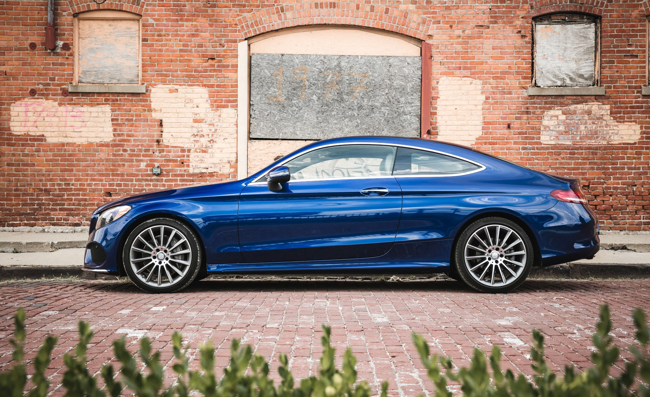 2015 Mercedes Benz C300 4MATIC Test Review