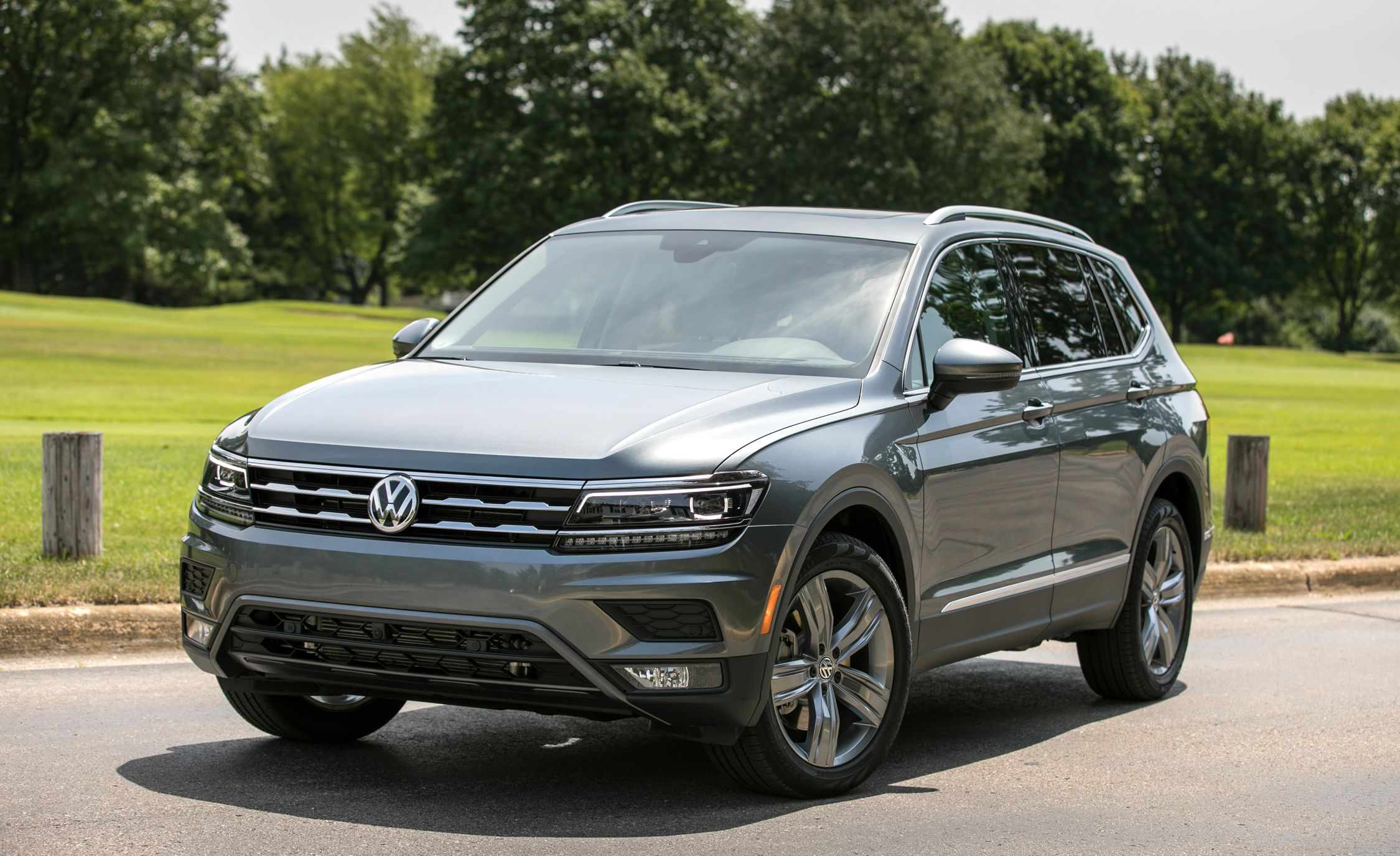 2018 Volkswagen Tiguan First Drive Review Car And Driver