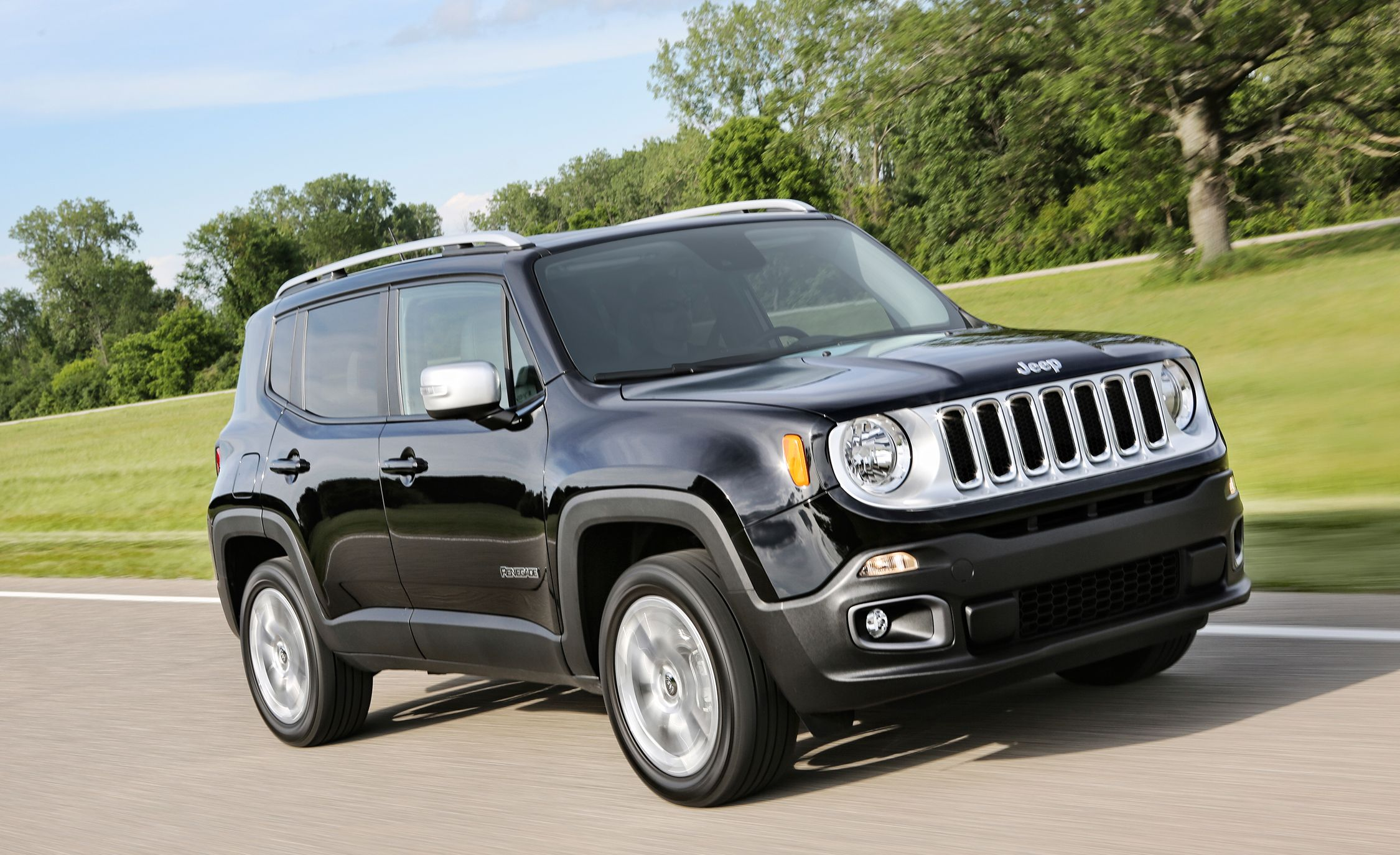 2017 jeep renegade in depth model review car and driver