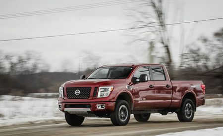 2016 nissan titan xd test review car and driver. Black Bedroom Furniture Sets. Home Design Ideas