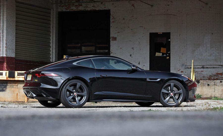 2018 jaguar f type interior review car and driver. Black Bedroom Furniture Sets. Home Design Ideas