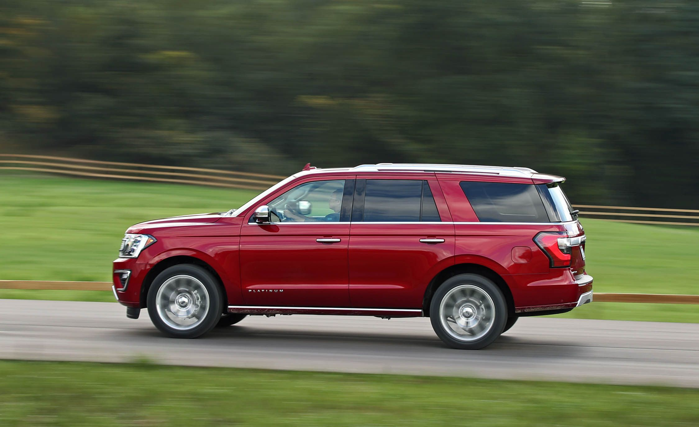 2018 ford expedition expedition max fuel economy and driving range review car and driver
