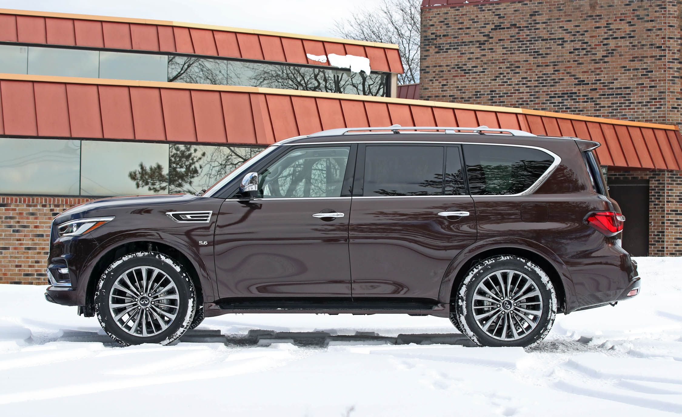 2018 Infiniti QX80 | Interior and Passenger Space Review | Car and Driver