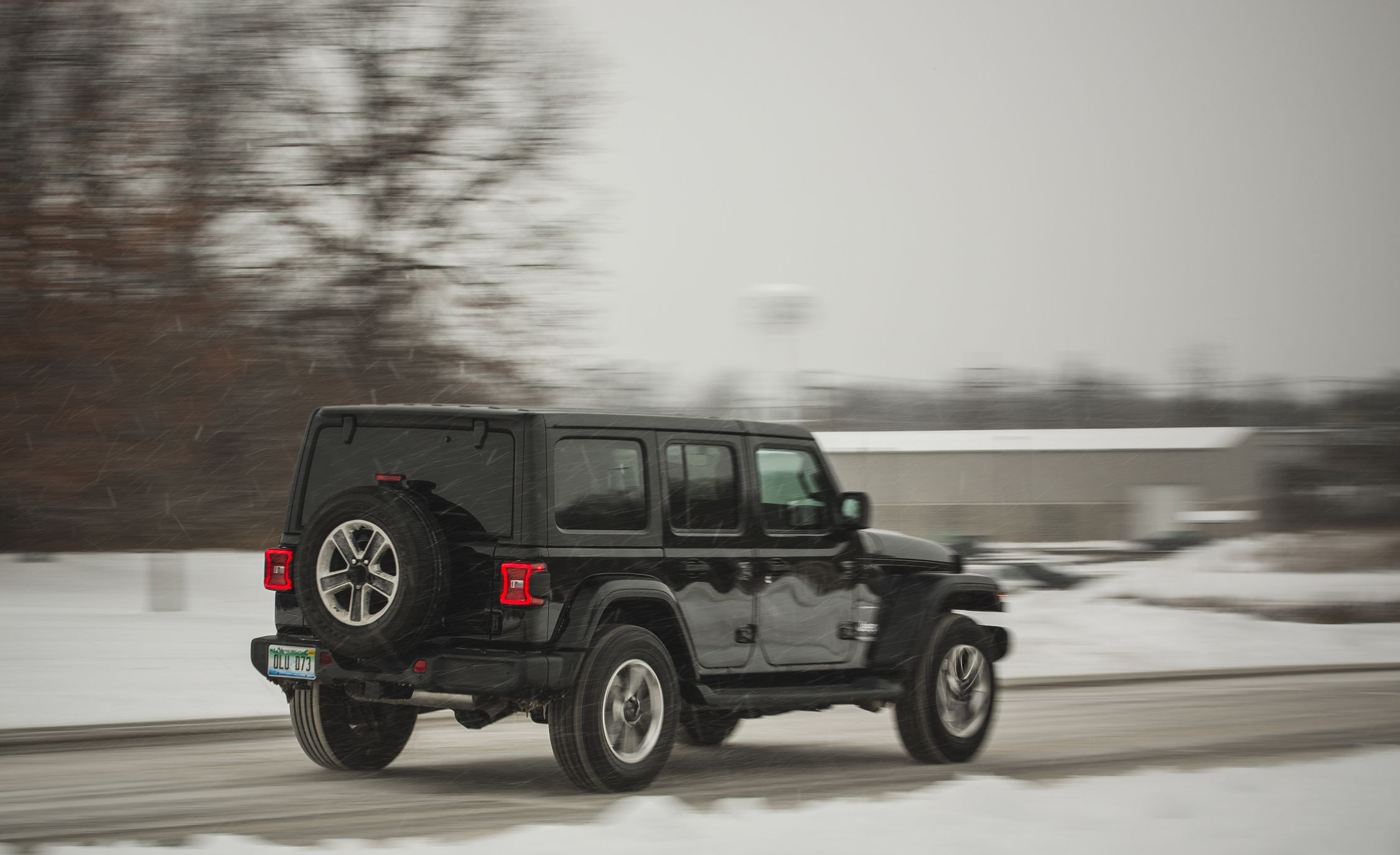 2018 Jeep Wrangler JL | Cargo Space and Storage Review ...