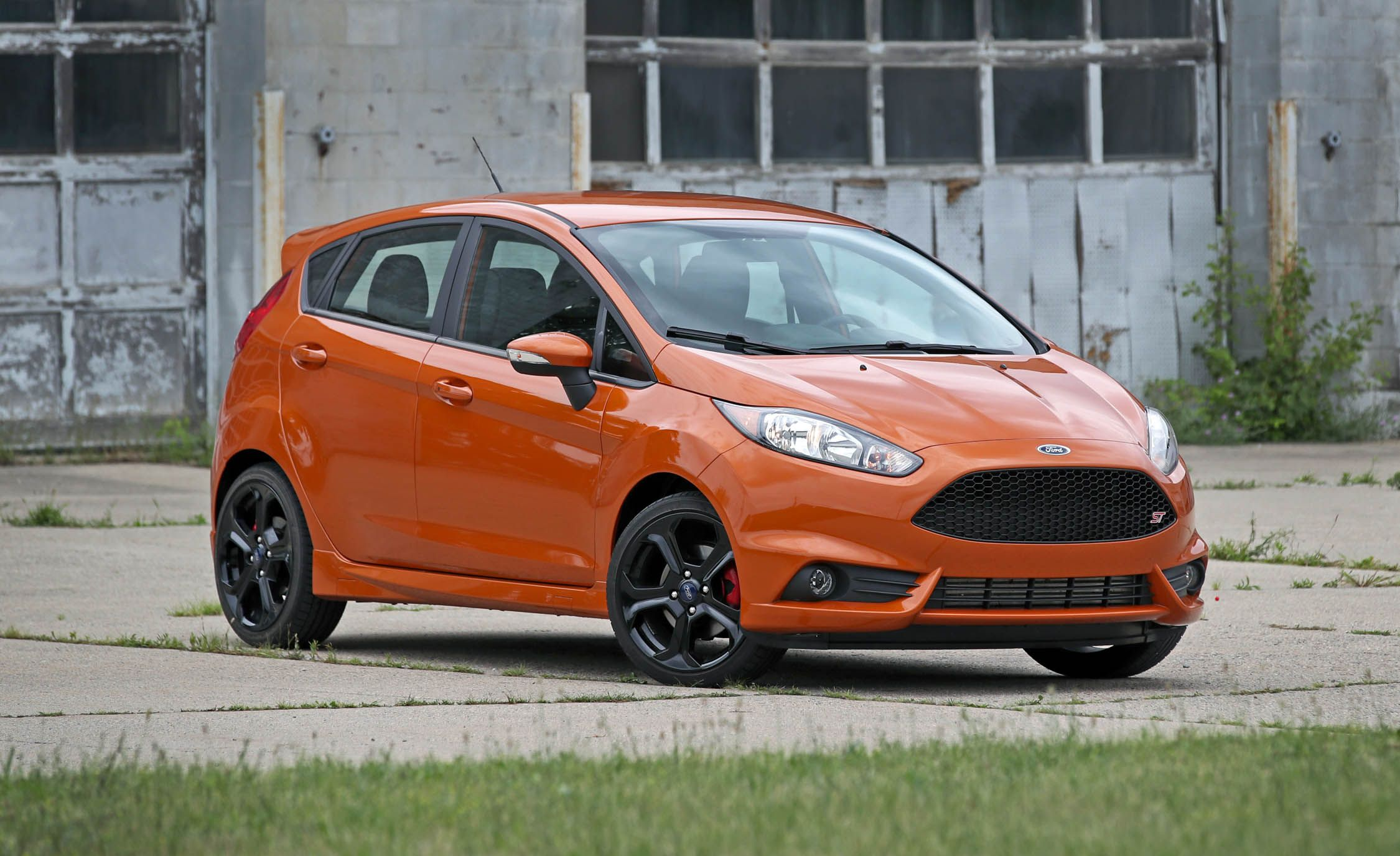 2018 ford fiesta st exterior design and dimensions. Black Bedroom Furniture Sets. Home Design Ideas