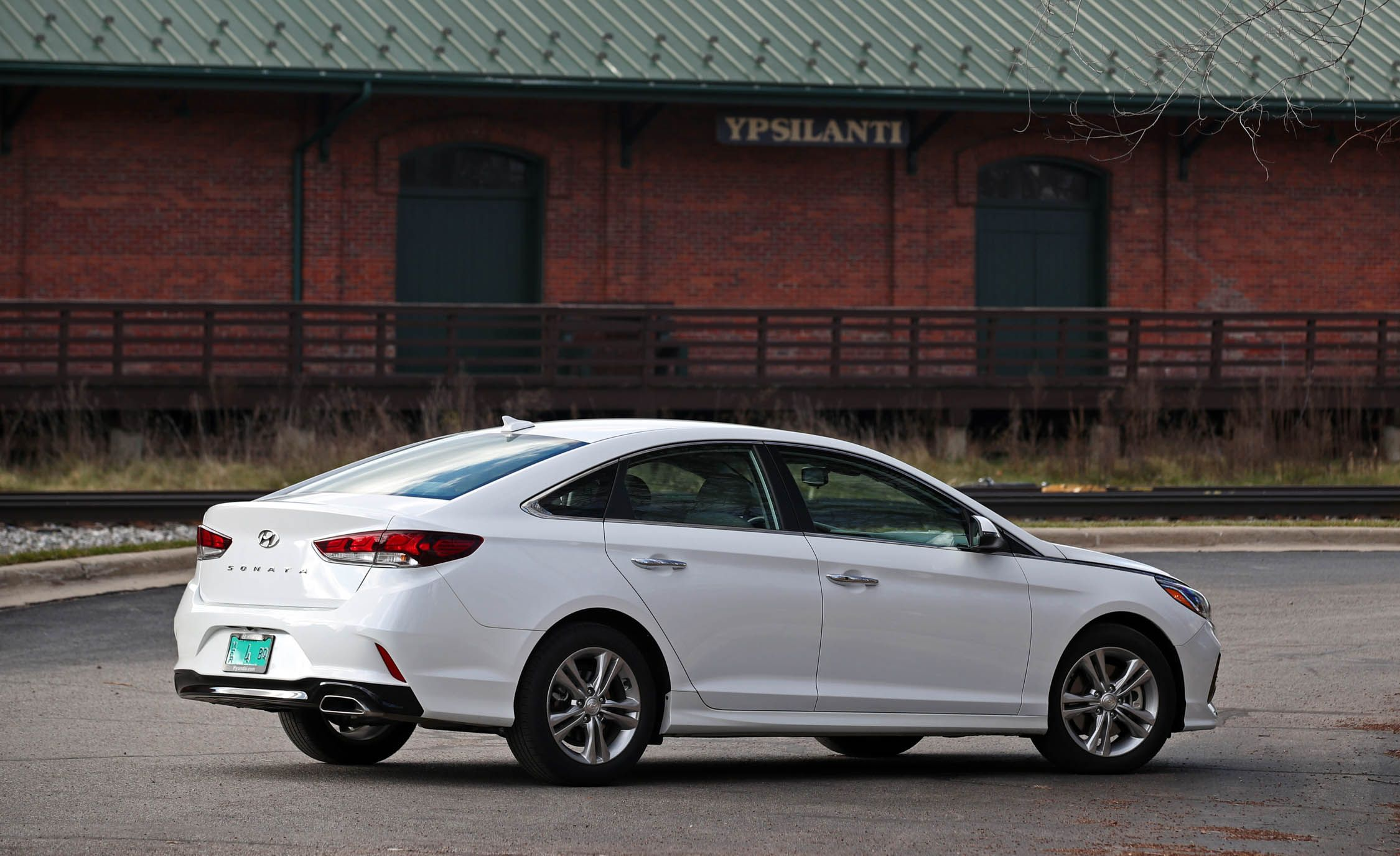 text accommodate in a bumper across and at stacked to more leds auto show interior unveiled lower number sonata york defined with plate hyundai rear now new performancedrive bootlid section sitting the