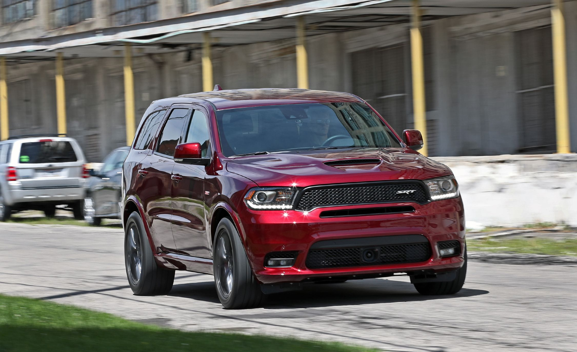 2018 dodge durango srt video review car and driver. Black Bedroom Furniture Sets. Home Design Ideas
