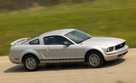 2007 Ford Mustang V-6