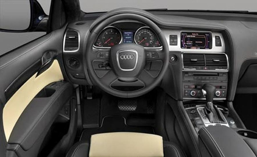 2008 Audi Q7 4.2 TDI - Slide 19