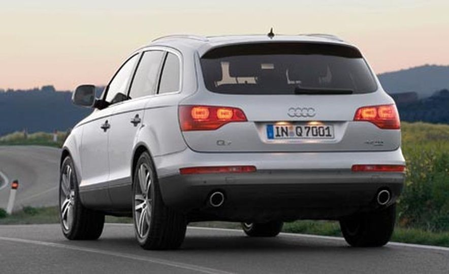 2008 Audi Q7 4.2 TDI - Slide 6