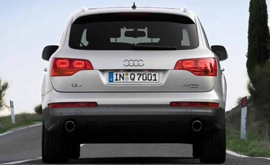 2008 Audi Q7 4.2 TDI - Slide 16