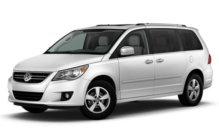 volkswagen routan reviews volkswagen routan price photos and specs car and driver. Black Bedroom Furniture Sets. Home Design Ideas