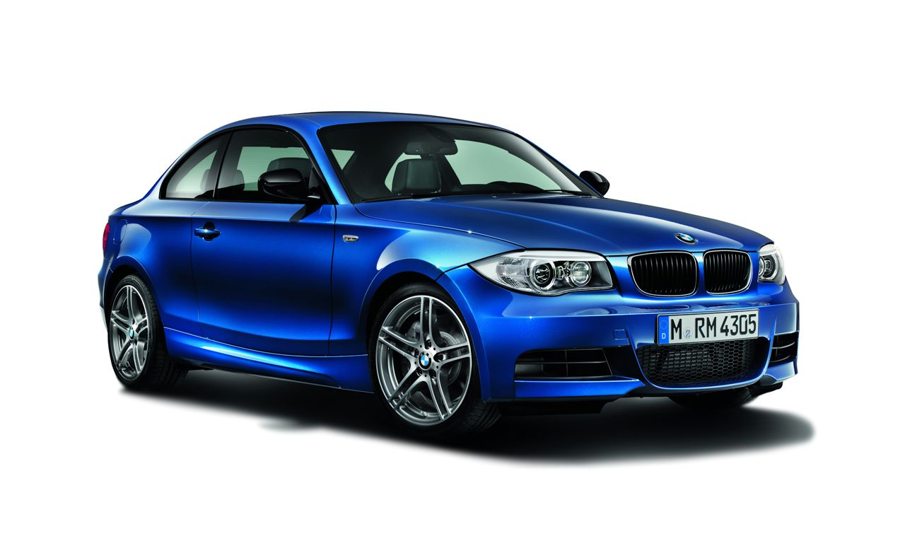 bmw 1 series reviews bmw 1 series price photos and specs car and driver. Black Bedroom Furniture Sets. Home Design Ideas