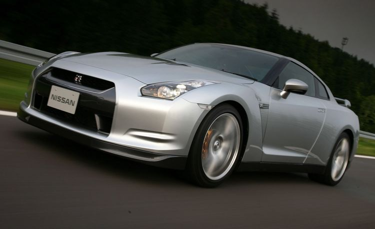 2009 Nissan GT-R: Does Fast Equal Fun?