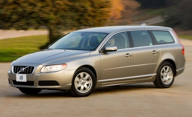 2008 Volvo V70: No Nav, but the Same Infotainment Annoyances