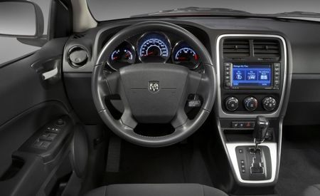 Dodge Caliber Receives Updated Interior for 2010