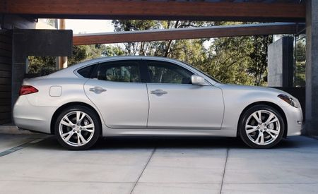 2011 Infiniti M37 and M56 More Fuel-Efficient Than Outgoing Models