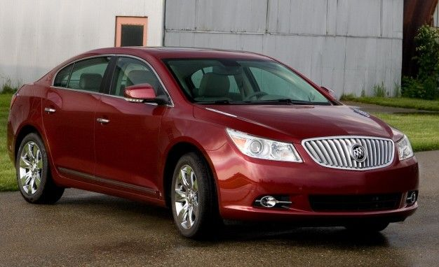 2010 Buick LaCrosse CXS Gets New HiPer Strut Front Suspension, 3.0-liter V6 Dropped From 2011 LaCrosse Lineup