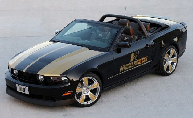 Hurst Builds Mustang Convertible Pace Car for Mustang Challenge Series