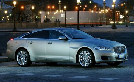 Jaguar Extends Warranty to Five Years, Adds Free Maintenance Program