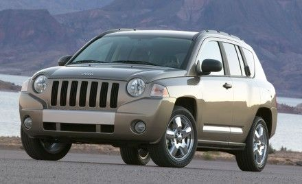 Chrysler Recalls Dodge Caliber, Jeep Compass for Sticking Accelerator Pedals