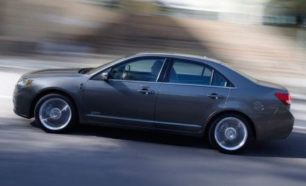 2011 Lincoln MKZ Hybrid Priced at $35,180, Same as Gas-Only Model