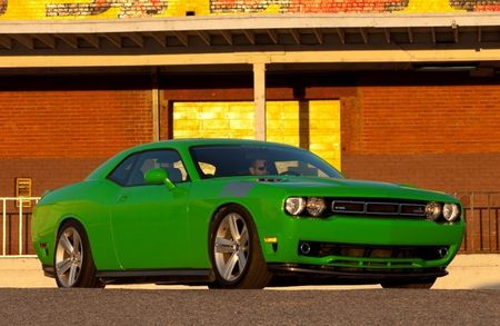 Mean, Green Challenger-based SMS 570: Steve Saleen Branches Out from Mustangs