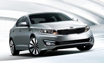 10Best Surprise: 2011 Kia Optima